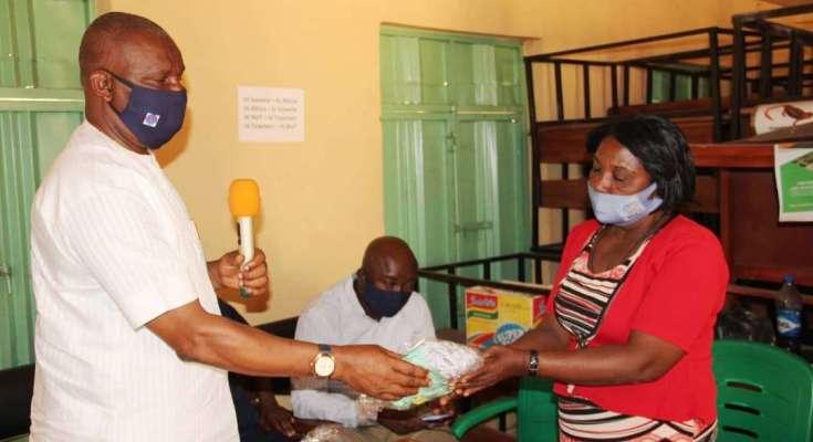COVID-19: Okowa's CPS Distributes Face Masks to Delta Schools