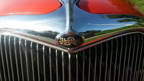 One word describes Dickie Carroll's '34 Roadster.  HotRod!