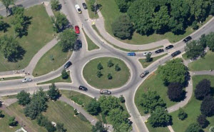 Roundabout at Minnehaha Park