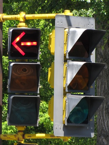 Front view of 3M traffic signals, Trunk Highway 121 and 58th St, Minneapolis