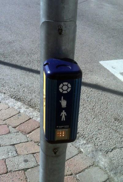 sweden-beg-button