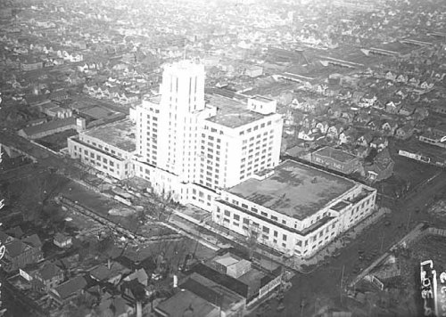 Before the Midtown Exhange: Sears store 1928