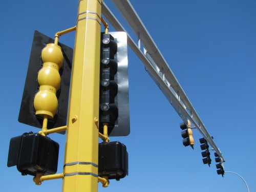 See anything wrong with the black signals on the left?