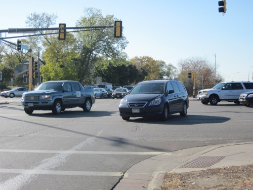 Traffic at Snelling and Concordia