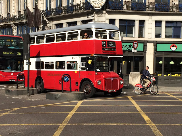 London bus bikeshare