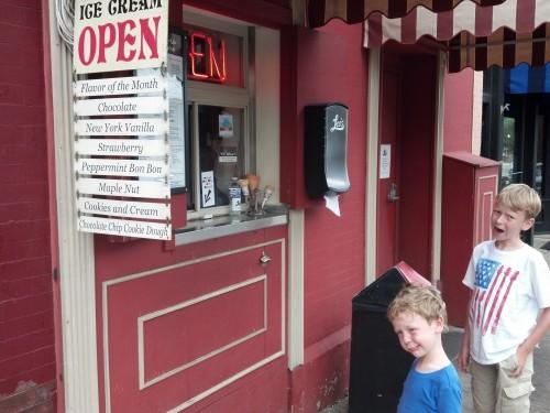 Walkable ice cream in Stillwater