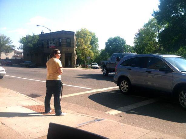 stp-w7th-crosswalk-waiter