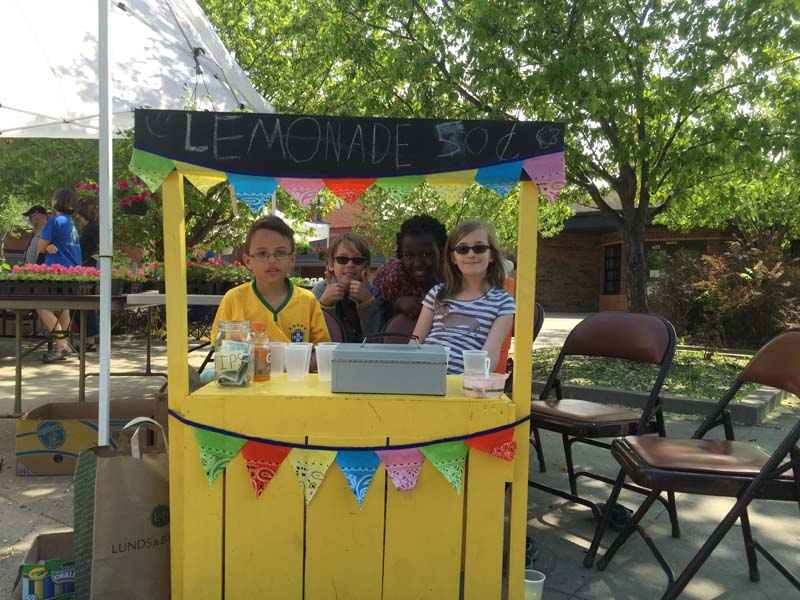 Whittier Elementary Lemonade Stand