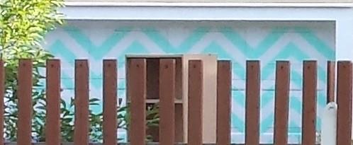 Aquamarine Zig-Zags on the Garage Door
