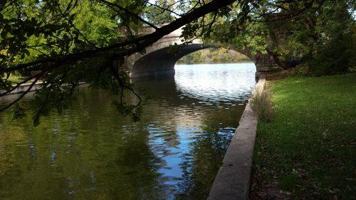 Lake of the Isles Parkway Bridge over Calhoun-Isles Channel