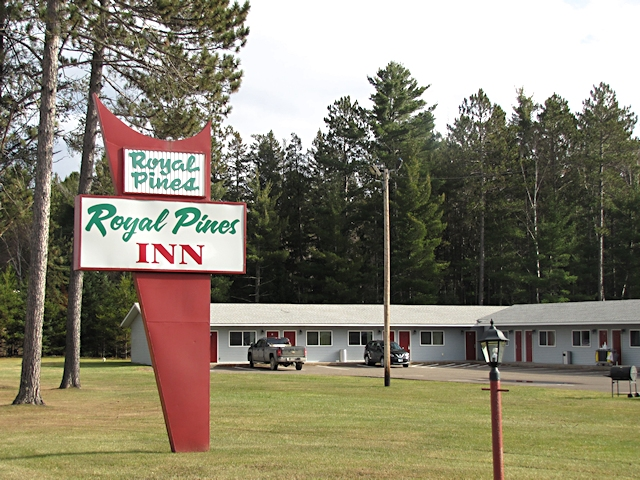 Motel at MN 210 and Highway 61