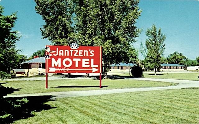 Jantzen's Motel, White Bear Lake