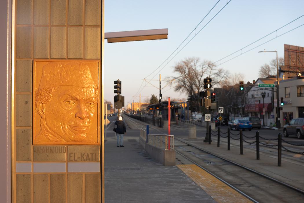 Wood Michael Victoria Station01