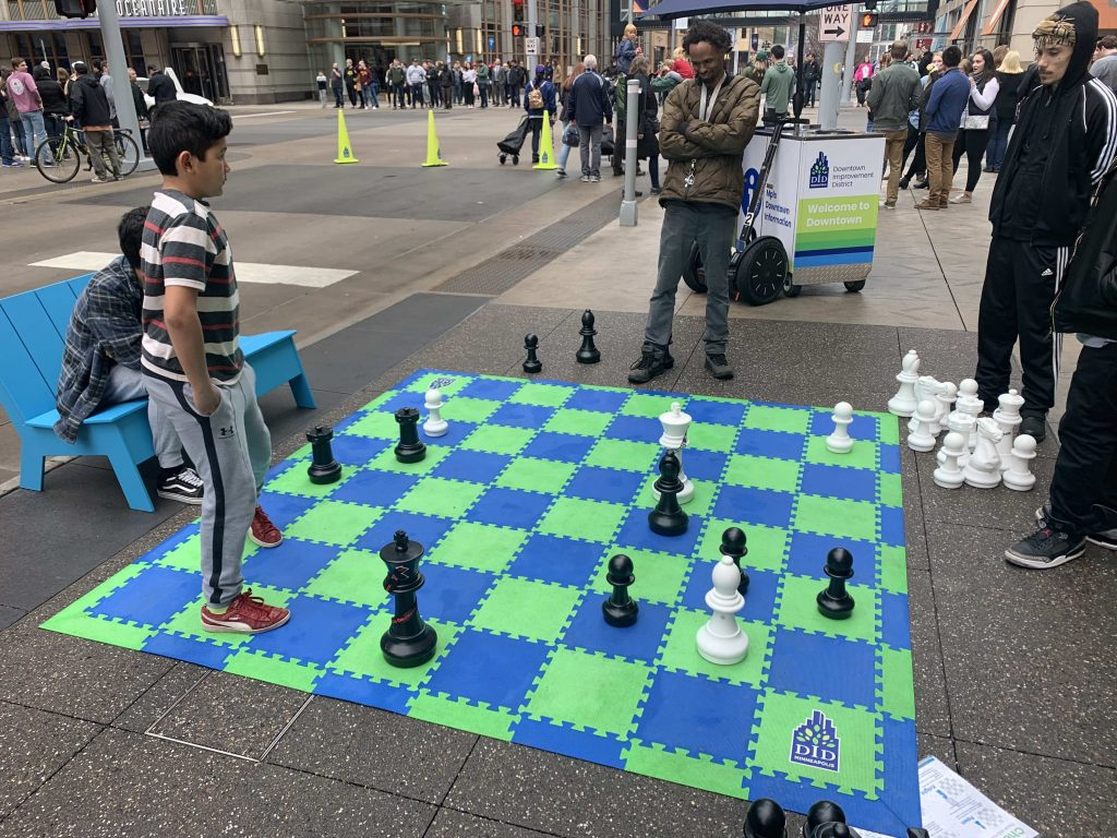 Final Four Nicollet Mall Games Big Chess 2019 04 06