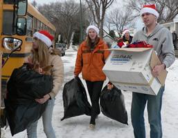 volunteers - Streets Alive Mission