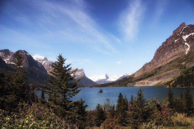 glacier-national-park-139937_1920