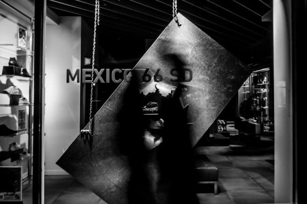 Ghostly Encounter |Berlin |2018 | 1/5 sec - f/18 - ISO 1600 - 12mm