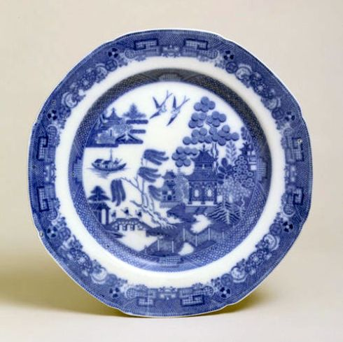 Willow ware Spode V & A-001