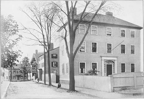 Hawthorne Houses Mall Street