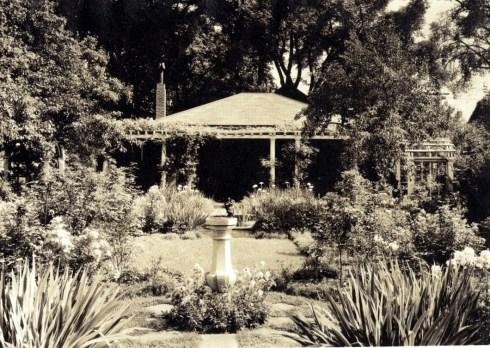 Hussey Garden 43 Chestnut Street