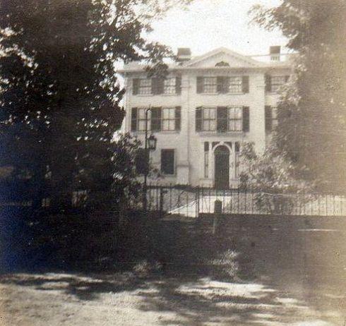 Barrett House 1904