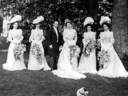 Louise 1900 wedding