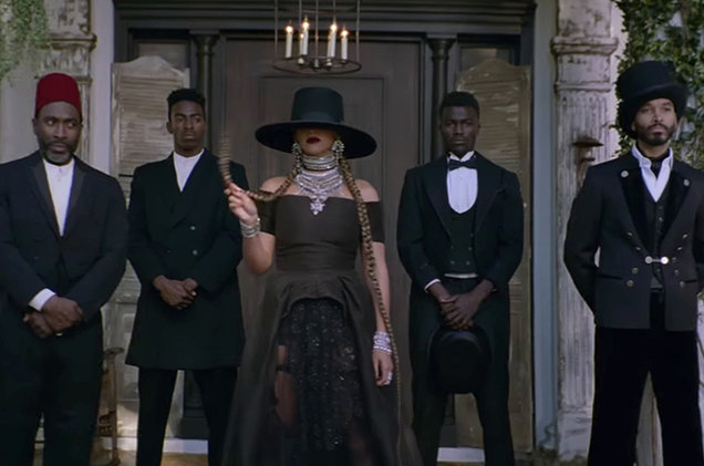 "Beyonce's ""Formation"" Wins Grammy"