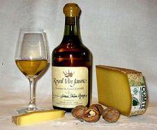 Français : Vin Jaune du Jura en Franche Comté ...