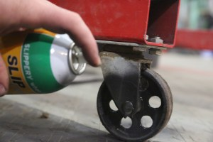 18.Casters and wheels support heavy loads, but when they get clogged up with dirt and grime, moving those loads is difficult. A coating of graphite stays in place much longer than wet-film lubricants.