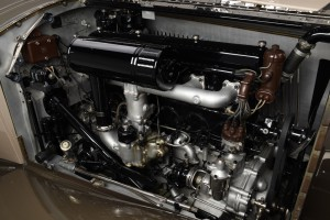 34-ROLLSROYCE-PHANTOM-II-KELLNER-engine