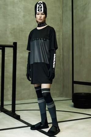 Wang-HM-lookbook-2-Vogue-15Oct14-pr_b_426x639