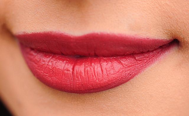 naturalne usta