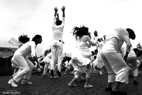 Kunstaktion: Global Water Dancing, Berlin 2015