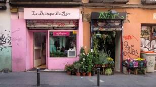 Boutique und Blumengeschäft