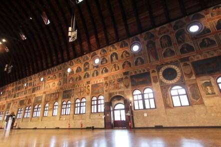 Fresken im Palazzo della Ragione (mittelalterlicher Stadtsaal)