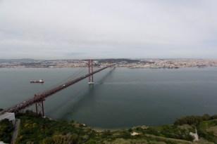 Ponte de 25 Abril über den Tejo, Richtung Lissabon