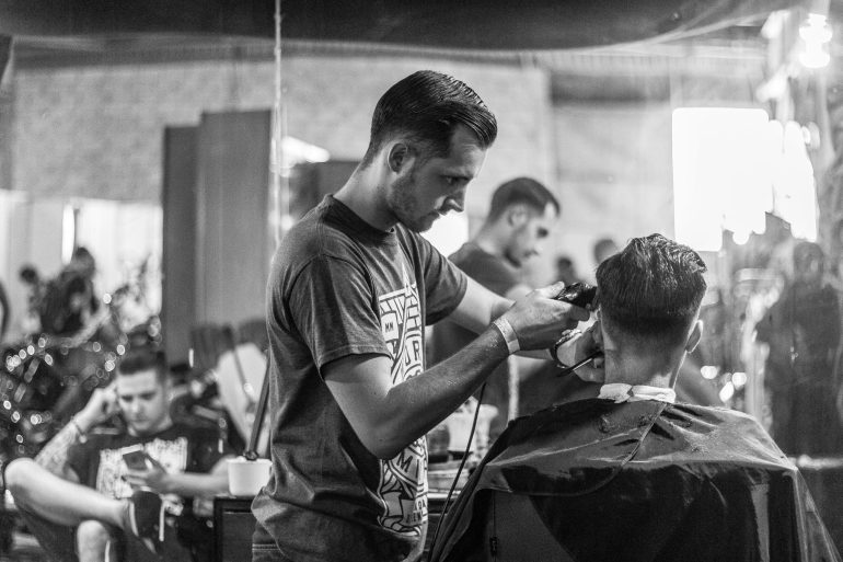 arbeiten-barbier-bedienung-668196