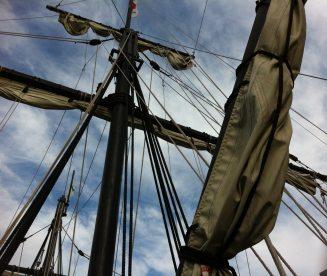 blauer-himmel-boot-fregatte-237781