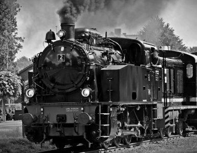 Cropped Bahngleis Dampf Dampflokomotive .jpg