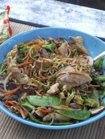 Easy Chicken Ramen Stir Fry