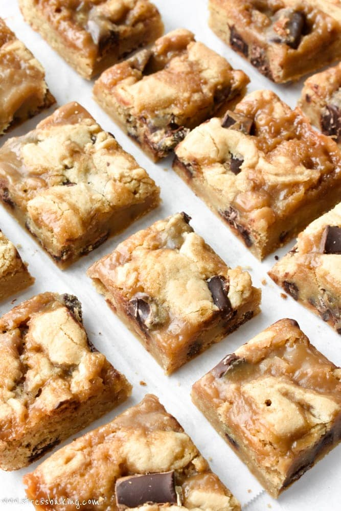 Chocolate Chunk Butterscotch Blondies | stressbaking.com