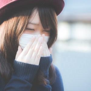 つらい花粉症の原因はストレス?風邪との違いと4つの治し方