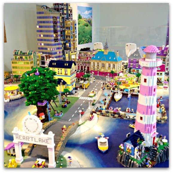 Heartlake Times Friends Display At Legoland Billund: #HeartlakeCity 2015 At LEGOLAND Windsor