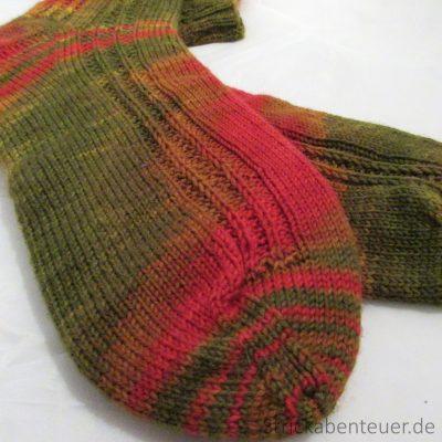 handgestrickte Socken Wolle Ethersiche Öle Muster Schafpaten-Socken