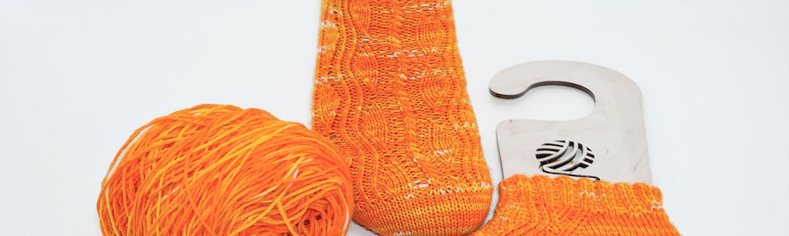 Gecko Socken gestrickt von Strickabenteuer.de