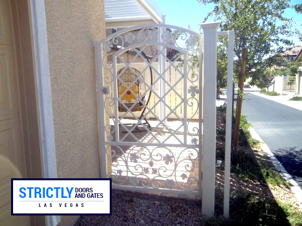 Las Vegas Dog Run Gates Pet Gates Company Strictly