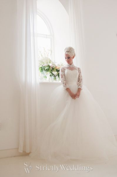 Marry Me in Mooshki | 2016 Bespoke Wedding Dress Collection