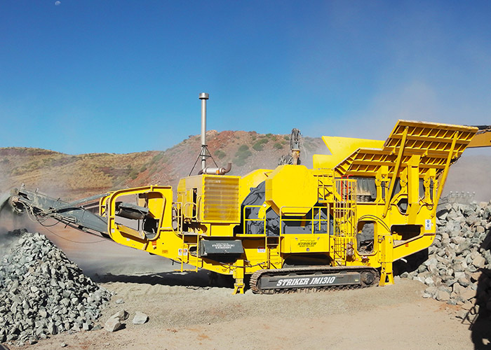 Striker Mobile Jaw Crusher JM1310