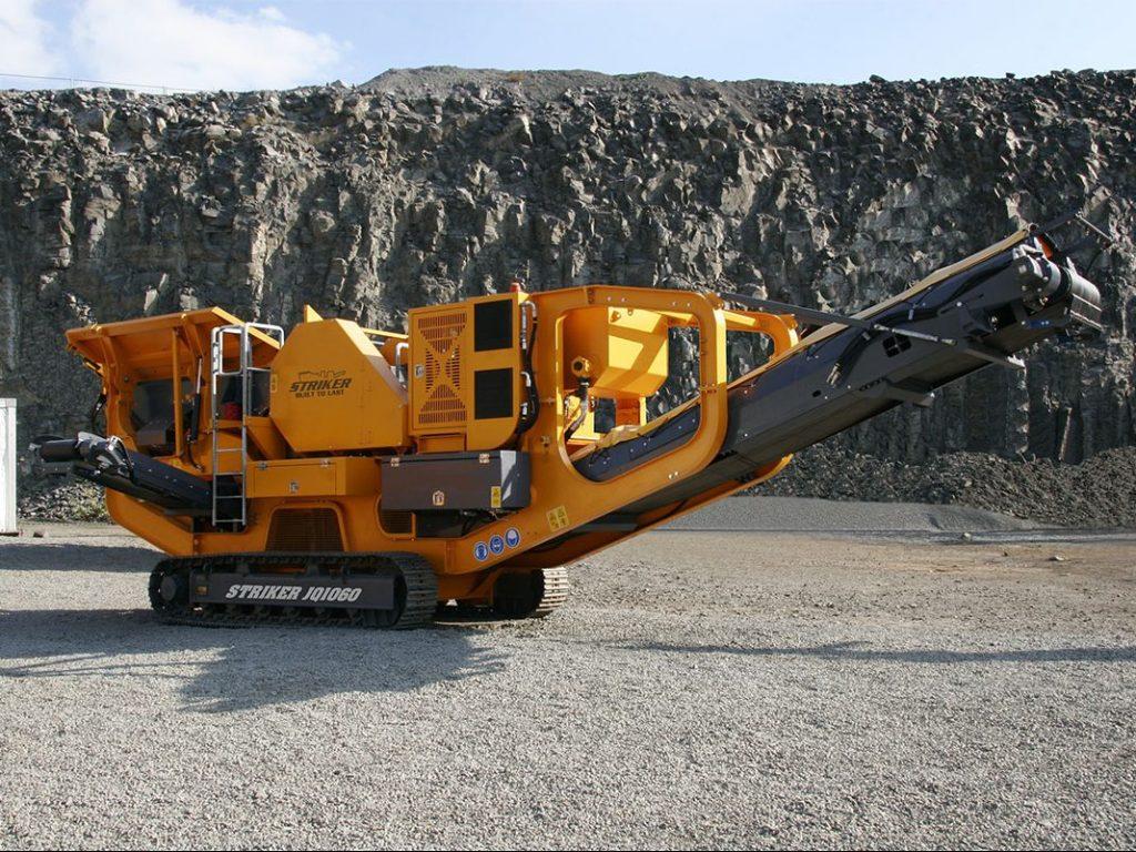 Striker JQ1060 Mobile jaw crusher aggregates quarry