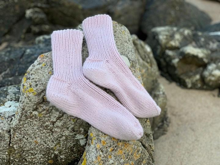 Sokker på klippesten